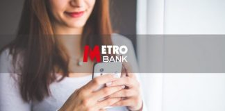 Metro Bank: Opens first store in Wales